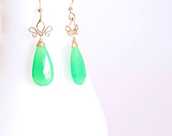 Aracelis  - Chrysoprase Long 14k Gold Filled Earrings || Apple Green Dangles