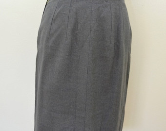 Vintage GRAY WOOL SKIRT 1950's size 12 made in usa