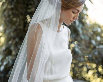 Fingertip Veil | Ivory Wedding Veil | Single Tier Veil | Simple Veil | Soft Tulle Veil | Single Layer Veil | Bridal Veil [Eloise Veil]