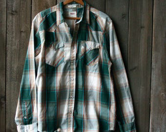 Levis Plaid Western Shirt Pearl Snaps Green White Plaid 90s Vintage From Nowvintage on Etsy