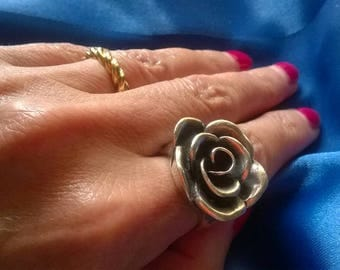Beautiful large heavy sterling silver rose ring small size J 5 flower