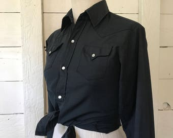 70s Ladies Western Shirt in Charcoal Black with Pearl Snaps XS