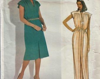 Vogue 1153 / Vintage Designer Original Sewing Pattern By Bellville Sassoon / Dress Gown / Size 8