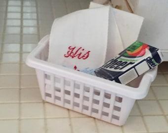 Miniature Laundry Basket, Dollhouse Miniature, 1:12 Scale, Dollhouse Accessory, Decor, Crafts, Topper, Mini White Basket