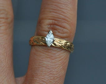 14k Solid gold hawaiian diamond engagement ring - Vintage - size 6 - marquis cut diamond hand carved maile leaf design around band