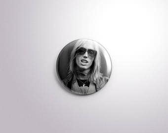 Yer So Bad. Young Tom Petty Pinback Button [1.5 Inch]