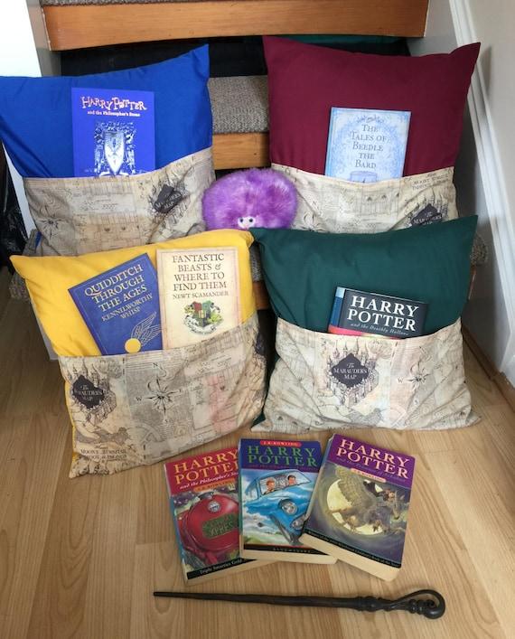 harry potter karte des rumtreibers inspiriert lesen kissen. Black Bedroom Furniture Sets. Home Design Ideas