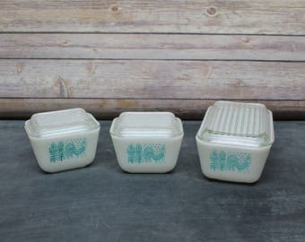 Vintage Pyrex Fridgies Butterprint Set with Lids, Pyrex Refridgerator Set