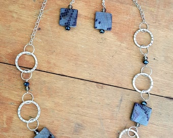 Black Gray Silver Necklace Mother of Pearl Square Beads Silver Rings