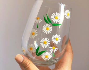 Daisies Hand Painted Wine Glass