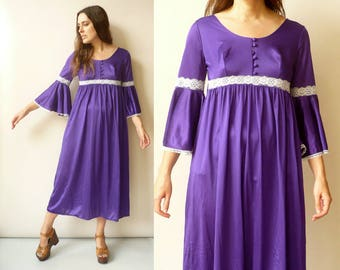 1970's Vintage Psychedelic Purple Lace Trim Hippie Bell Sleeve Midi Maxi Dress Size XS