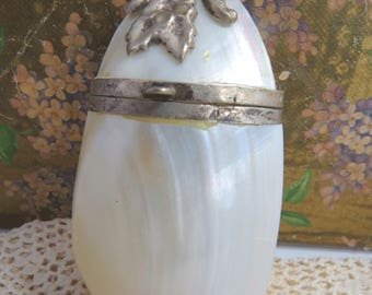 Antique Sea Shell Pendant Purse Silver Floral Design Mother of Pearl Necklace Chatelaine
