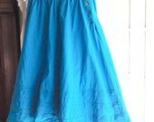 LAURA ASHLEY skirt, original vintage 1980s blue turquoise teal, 100% cotton US size 14 Misses, designer skirt, Carno Wales, shell buttons