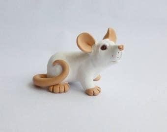 White Pink Eyed Rat Fancy Rat Sculpture Pet Rat Ornament Polymer Clay Mouse Lab Rat PEW