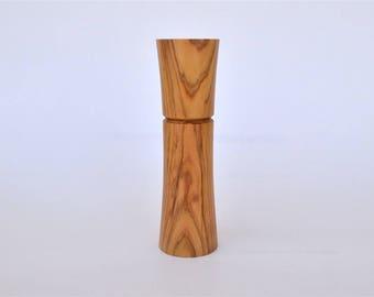 """Beautiful Greek Olive Wood Needle Holder, Up to 8 cm long Needles (3"""" 5/32) Standing / Needle Case"""
