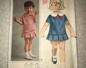 Vintage 1970s Butterick Pattern 3452 Size 2 Toddler NOS uncut