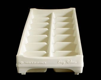 Hotpoint Ice Cube Tray Plastic Easy Release Refrigerator Freezer 1970s Kitchen