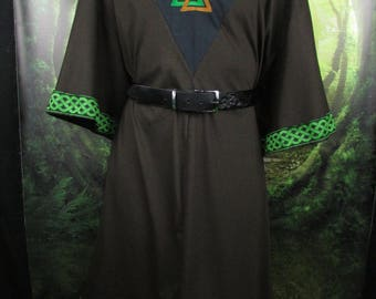 Viking Tunic: Valknut, 3XL Brown, Green Trim, Heathen Tunic, Norse Tunic, Viking Shirt, Viking Cotton Tunic, Asatru Shirt