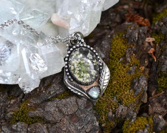 Real Queen Anne's Lace Flower Sterling Silver Pendant with Rainbow Moonstone OOAK