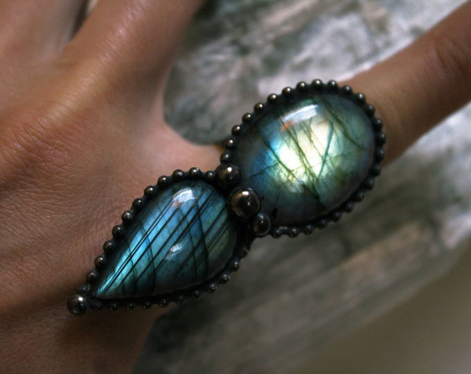 Large Labradorite Petal Ring