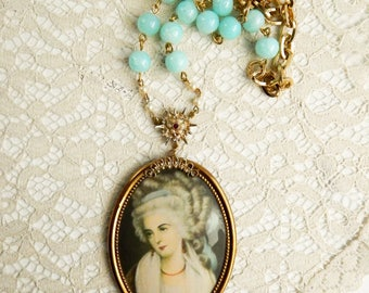 Lady in waiting assemblage necklace / vintage cameo necklace / assemblage jewelry / recycled jewelry / upcycled necklace / statement