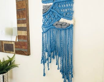 Blue Medium/Macrame Wall Hanging/Weaving/Tapestry/Wall Hanging/Weaving/Macrame Decor/Wall Art/Wall Decor