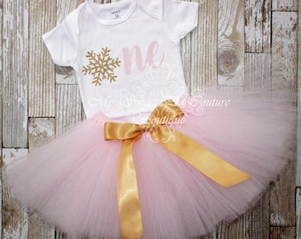 Gold Snowflake First Birthday Outfit- Cake Smash Outfit- 1st Birthday Outfit- Winter Wonderland- First Birthday Shirt- Birthday Tutu- Snow
