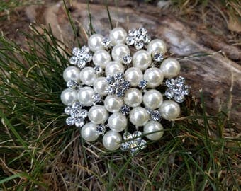 Silver Pearl Rhinestone Flat Back Embellishment Brooch Pin Clear Crystal Pearl Wedding Broach Silver Pearl Brooch Bouquet Sash Supply SPR2