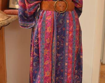 Vintage 1970s David Brown Saks purple floral paisley caftan kaftan maxi dress S / M / L / XL small medium large extra large