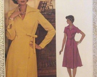 Vogue Americana Pattern 1187 Teal Traina Size 12 Misses Dress