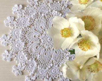 White doily Crochet doily Lace doily  Cotton doily Crocheted doily Round doily Flowers doily Round crochet doily Crochet doilies Table decor