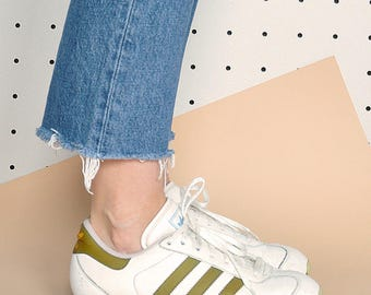 90s ADIDAS sneakers adidas originals adidas trainers white sneakers retro sneakers old school sneakers / Size 9 us / 6.5 uk / 40 eu