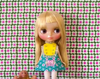 retro kitsch Blythe doll dress with pocket / SUNDAY