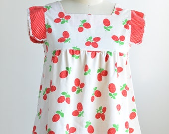 Vintage Women's Small Strawberry Tunic Top Gathered Empire Waist Babydoll 60s/70s