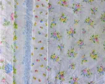 Lot of 4 Mismatched Pillowcases - White Pink Purple Blue Yellow Rose Stripe Floral Print - Vintage Retro Flower - Standard Size
