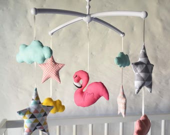 Mobile musical baby 'Flamingo spring' - Flamingo, clouds and stars graphics colors fuchsia, yellow, mint, pink, grey, black