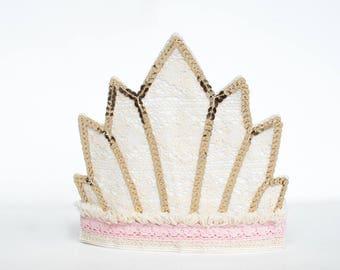 "Tiara-krone-die Krone-couronne-tiara  ""Sequins and gold"""