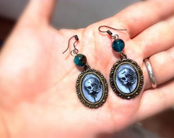 cabochon skull and roses earrings