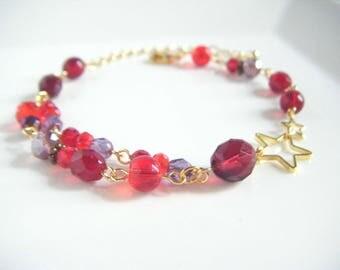 Red trendy bracelet, Red bracelet with two star charm, Red purple bracelet, Gift for her, Bracelet under 20, Beaded trendy bracelet.