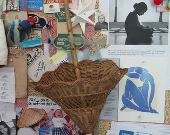 Wicker Umbrella Wallhanging//Vintage basket//Umbrella Basket