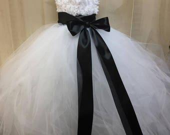 Flower girl dress - tulle flower girl dress- First Communion -Infant/Toddler - Pageant dress - wedding - Princess dress -White flower dress