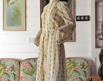 Vintage boho maxi dress long sleeves size 6 size 8