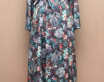 Vintage 70's Watercolor Floral British Lady Knit Belted Dress Retro Jersey M/L