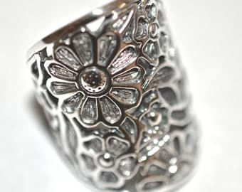 Shiny Flower Outlines On Antiqued Sterling Silver Ring