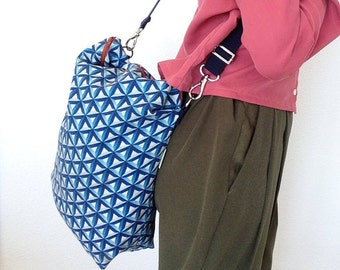 Fabric Bag with Handle and Zip
