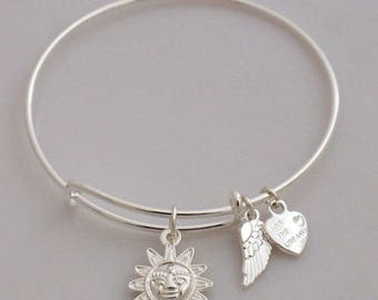 AA0010B Etched Sun Adjustable Wire Bracelet w Small Angel Wing & Heart Charms ~ Silver Plated