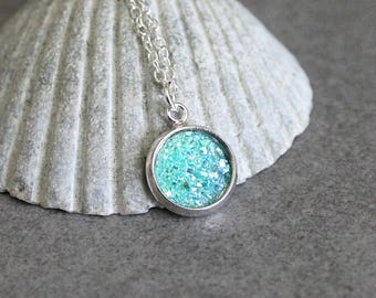 Turquoise Druzy Necklace, Turquoise Necklace, Teal Necklace, Dainty Necklace, Presents for Mom, Gift for Her, Turquoise Pendant Necklace