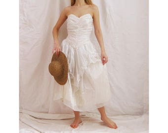 80s Does Marie Antoinette Dress M