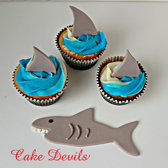 recipe: shark cupcake topper [23]