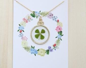 Four Leaf Clover Gold Circle Pressed Flower Necklace